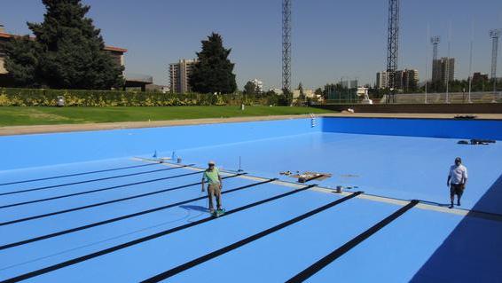 Membrana aquaplan para piscina de escuela militar for Piscinas de goma