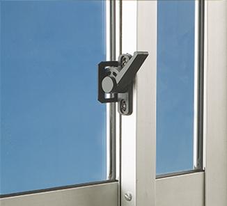 Kit cierre caracol negro en accesorios para ventanas - Cierres automaticos para puertas ...