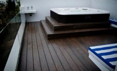 Deck para pisos color walnut casa particular