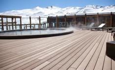 Deck Twin finish en terraza de hotel Valle Nevado