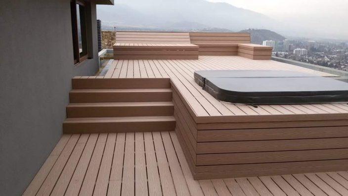 Aplicaci n de deck en terraza con jacuzzi proyectos - Jacuzzi para terrazas ...